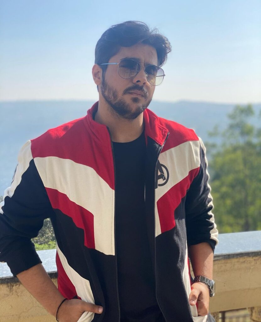 Ashish Chanchlani Age, Height, Family, Girlfriend, Career & More